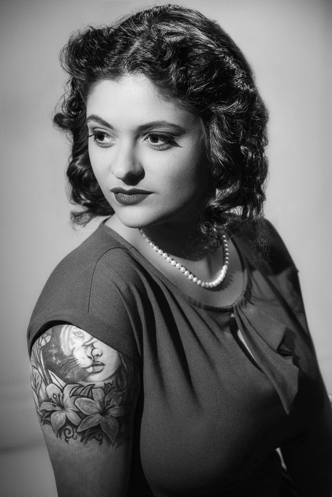 40s Movie Starlet Glamour Shoot
