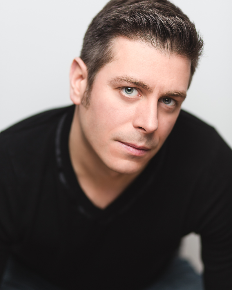Toronto Actor Headshot | Tony